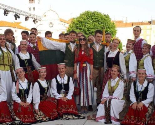 K. Kondratavičiaus šokių kolektyvas