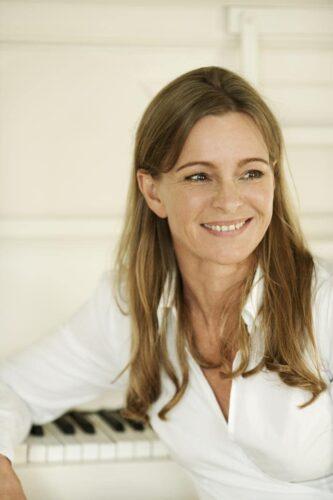 knygos autore moteris sypsosi